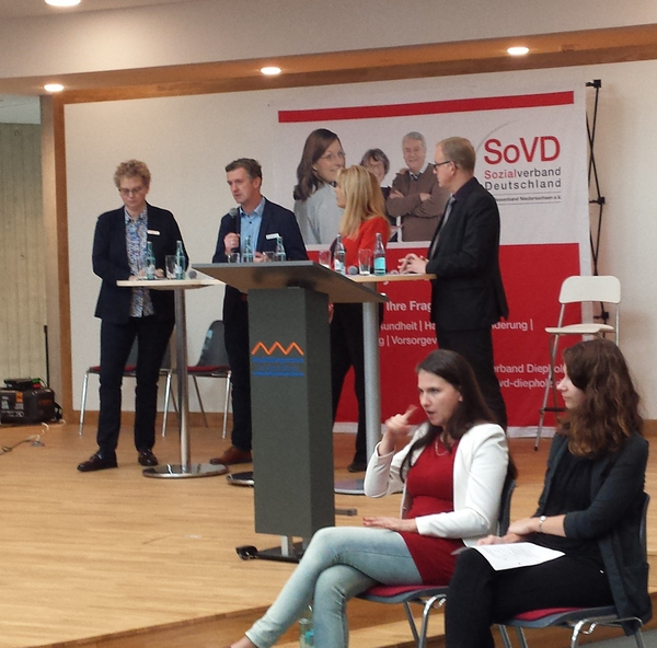 Podiumsdiskussion auf dem Aktionstag in Sulingen